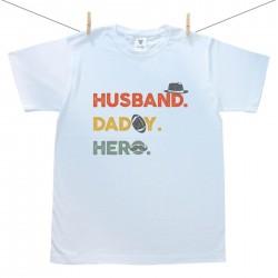 Pánské triko s krátkým rukávem Husband. Daddy. Hero.