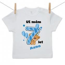 Tričko s krátkým rukávem Už mám 7 let s Medvídkem a jménem dítěte Chlapec